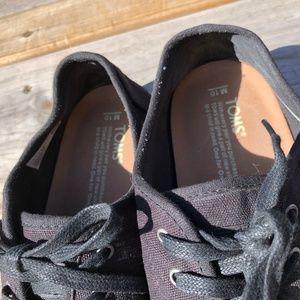 Toms Shoes - Toms size 10 Black Canvas Shoes Lace Up Sneakers